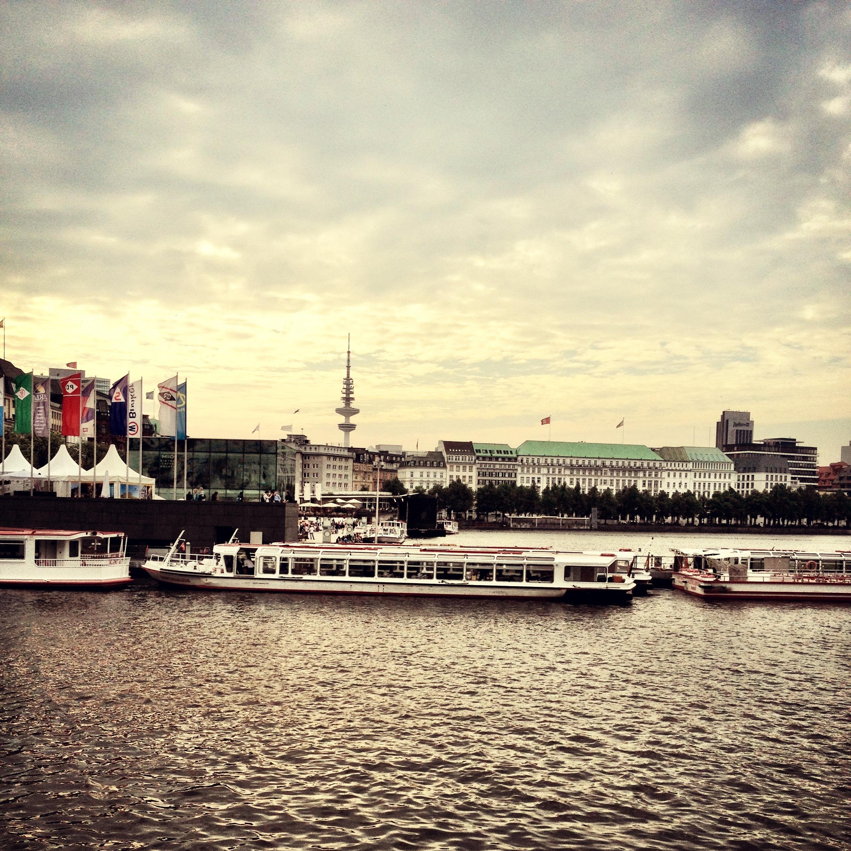 Hamburg Alster - WE ARE RECKLESS by Isabell Klatt